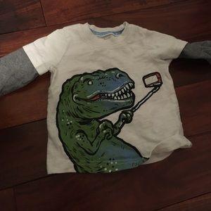 Dino long sleeve selfie